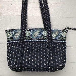 Vera Bradley discontinued pattern shoulder bag